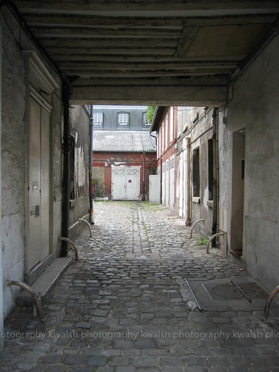 VersaillesCourtyard ©kwalshphotography 2003-2015