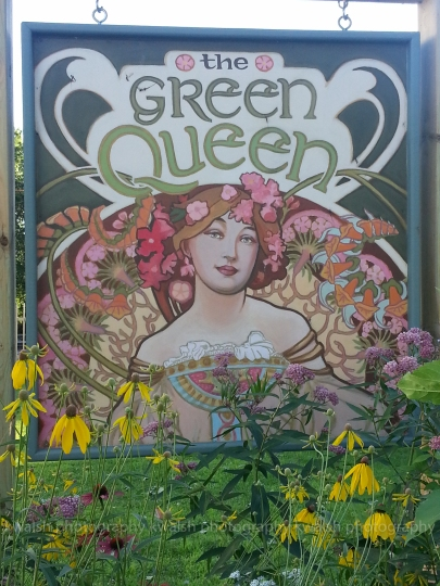 Green Queen ©kwalsh photography 2015
