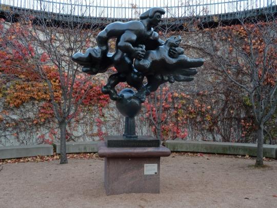 Sculpture at the Minneapolis Sculpture Garden ©2012 kwalshphotography