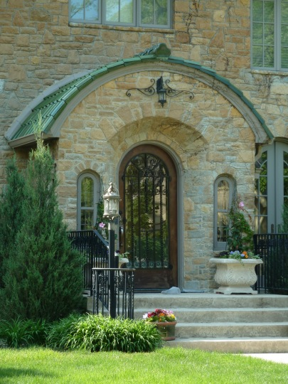 Doorway Architecture in Minneapolis Minnesota ©2016 kwalshphotography